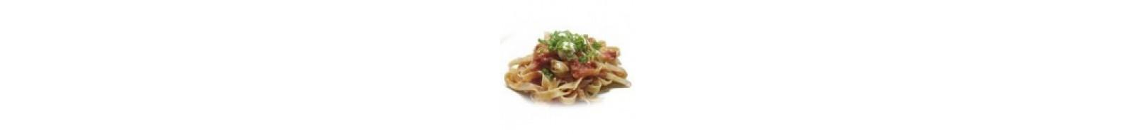 Pasta al Fileto (Tomate con Trozos de Tomate Fresco y Albahaca)